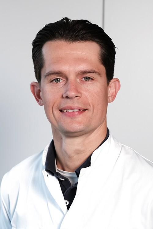 Drs. B.L. Ginsel